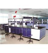 青岛博菲克实验室设备有限公司生产中央实验台台面选用实芯理化板或者环氧树脂台面£¬经酸洗磷化环氧树脂烤漆